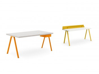 DESK WITH ASK LEGS meubelen
